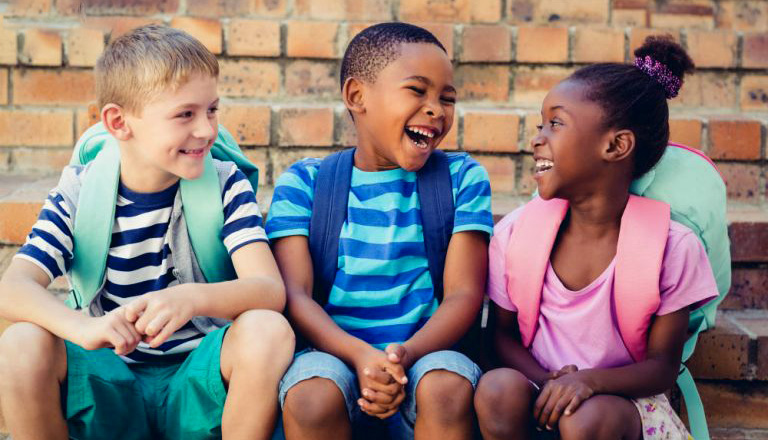 به فرزندتان مهارت های ارتباطی با یاد دهید